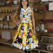 Plastic verpakkingen jurk met Rosalie van Rossem